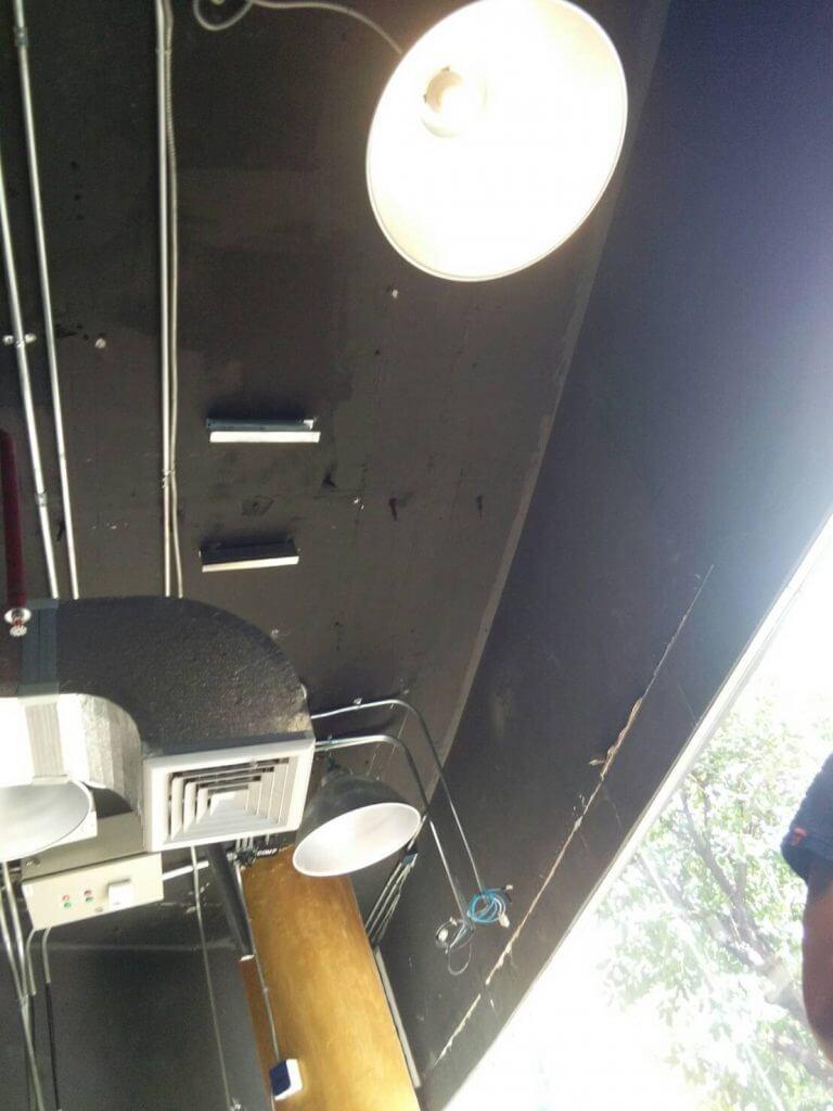 งานติดตั้งโคมไฟแถวพระรามสอง โดยช่างเจนและทีมงาน